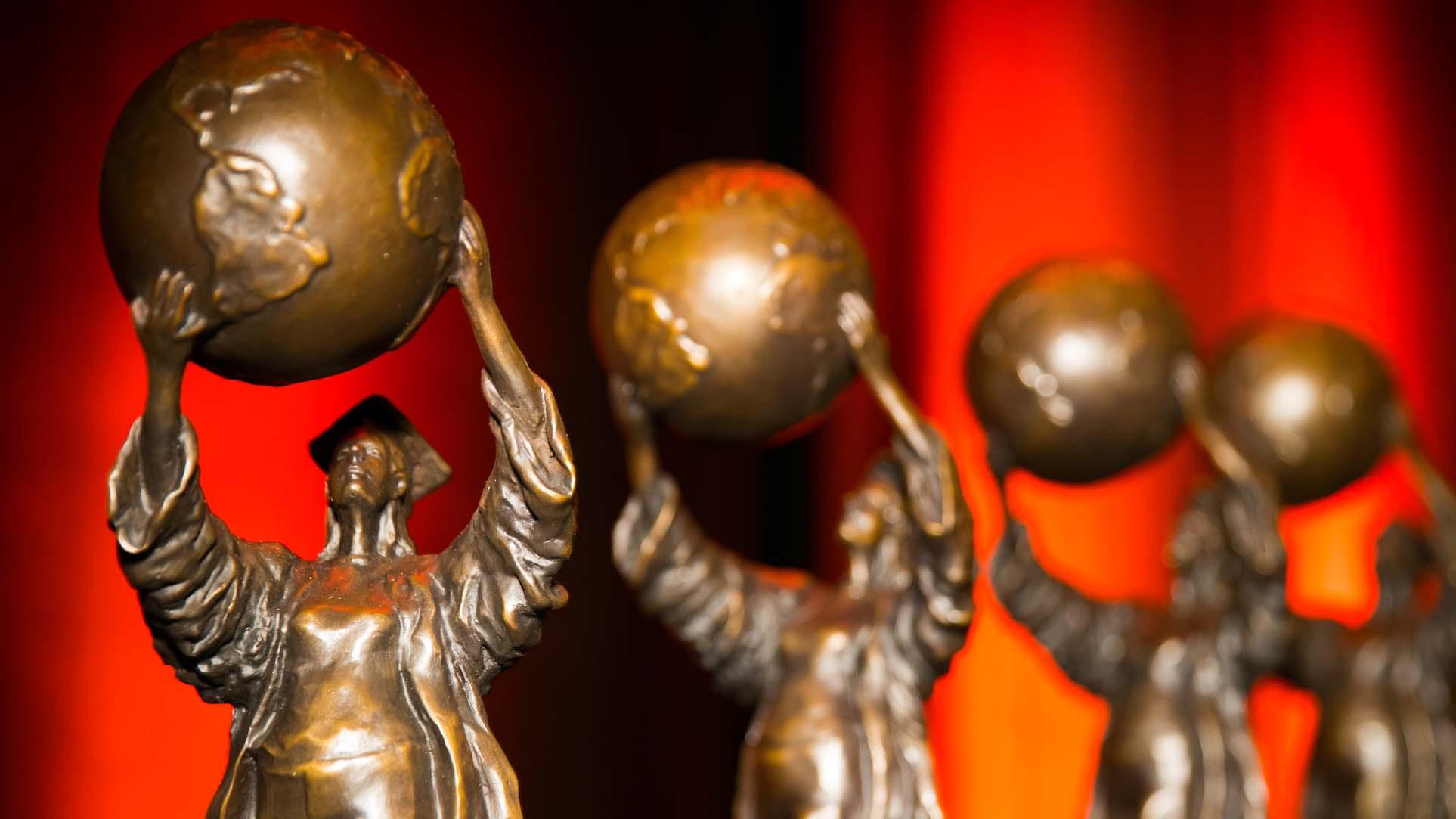 Missouri Public Affairs Hall of Fame statues