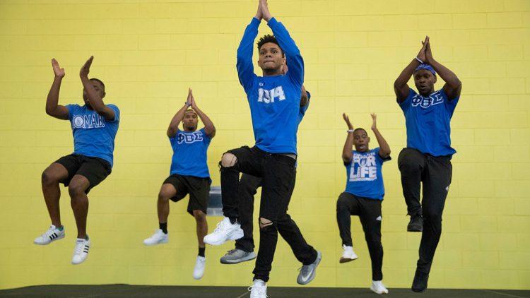 Students perform at Belong-B-Q