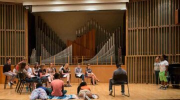 students practice in Ellis Hall