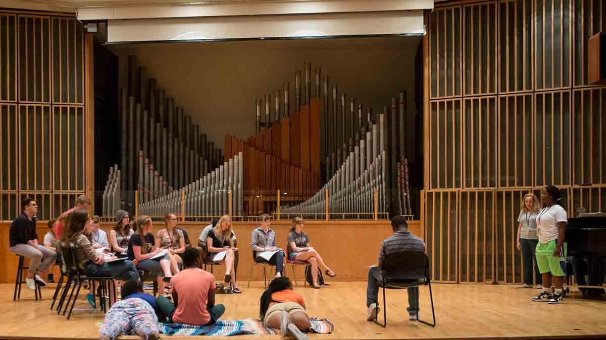 students practice in Ellis Hall